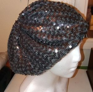 Accessories - Chic sequin beaded grey beret